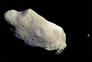 Ida y Dactyl, asteroide y asteroide satélite