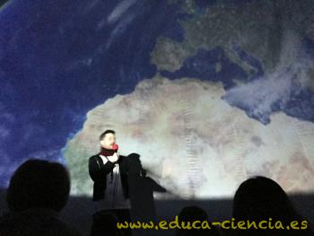 el planeta Tierra explicado en nuestro planetario portátil